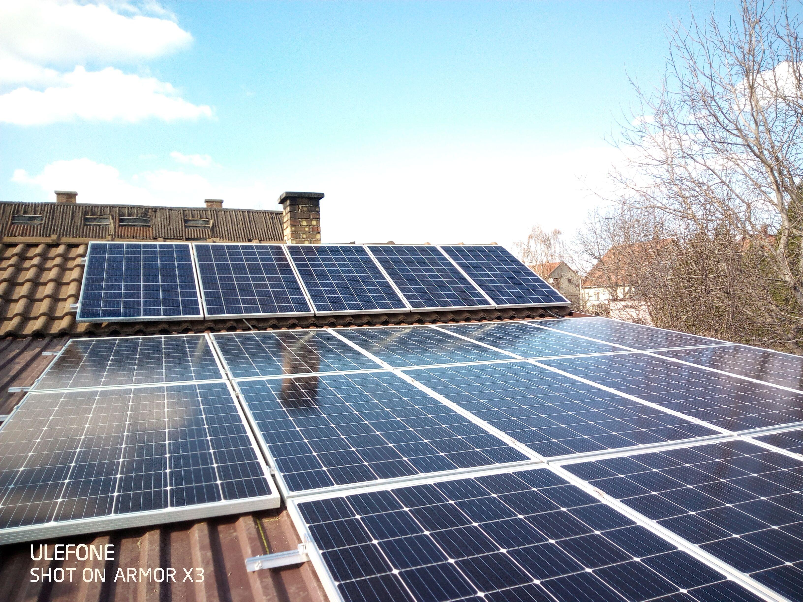 Dunavecse - 7,64KWp teljesítményű napelemes rendszer