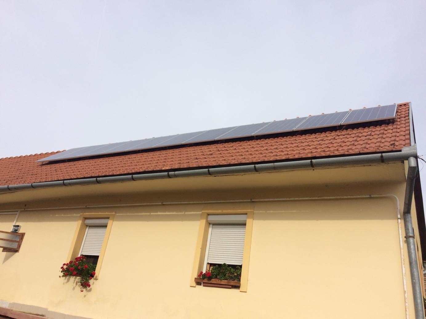 Feked 3,025 KWP teljesítményű napelemes rendszer